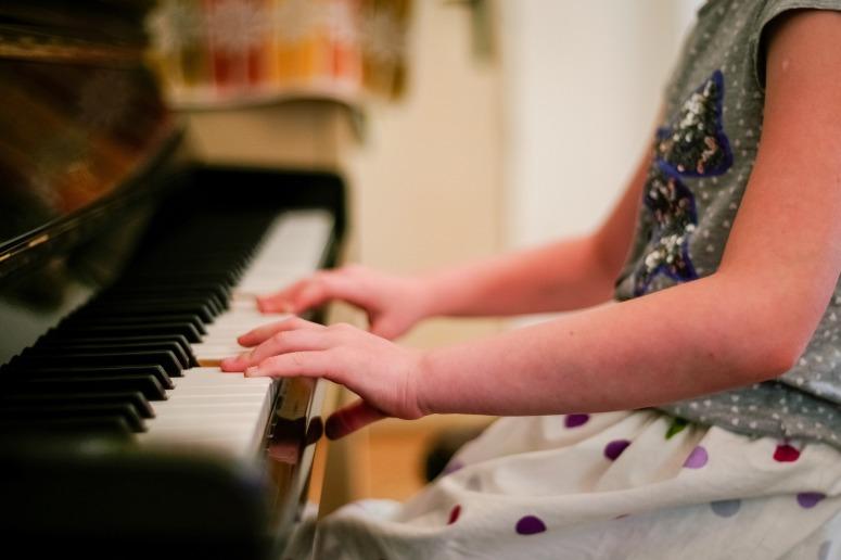 piano-2323844_1920