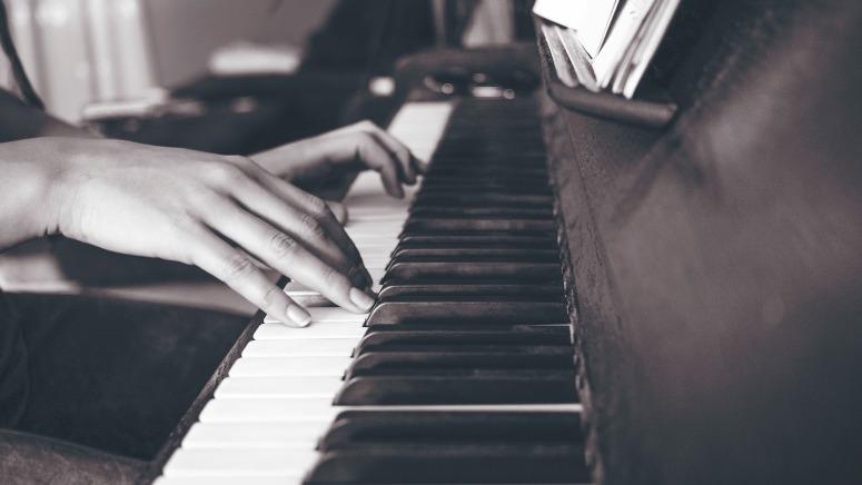 piano-2592963_1920